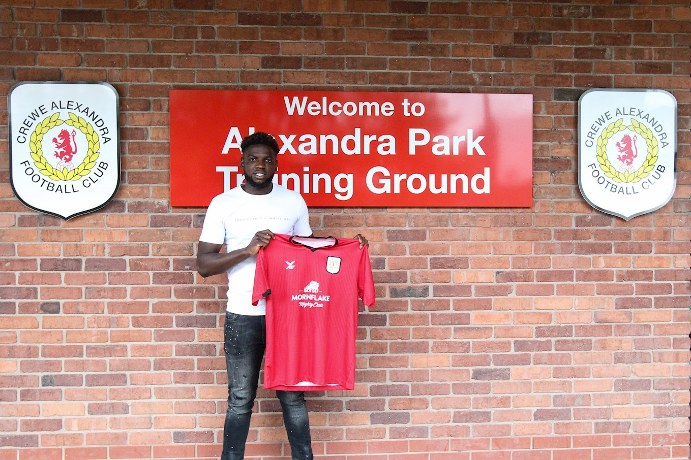 Offrande Zanzala Signs - News - Crewe Alexandra